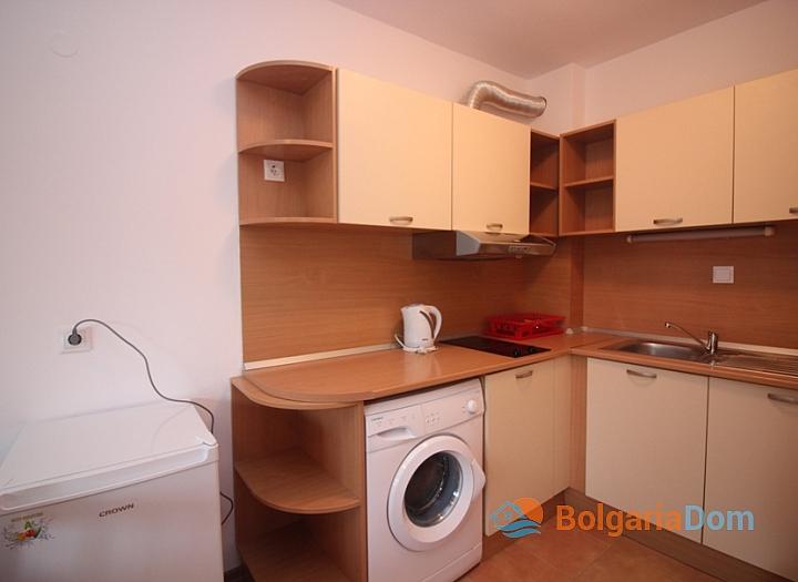 Двухкомнатная квартира в комплексе Ясень, Солнечный Берег. Фото 6