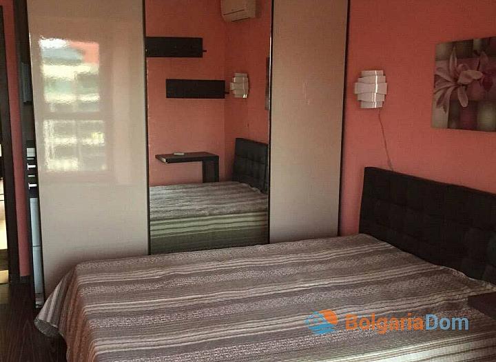 Трехкомнатная квартира в Поморие. Фото 3