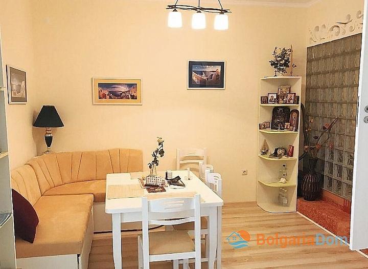 Отличный апартамент с двумя спальнями в Святом Власе на первой линии. Фото 2
