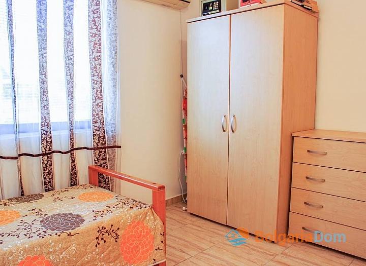 Отличная квартира у моря в курорте Святой Влас. Фото 7