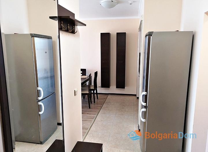 Трёхкомнатный меблированный апартамент на Солнечном берегу . Фото 8