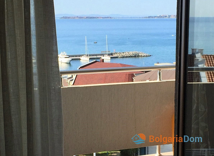 Двухкомнатный апартамент с видом на море в Святом Власе. Фото 13