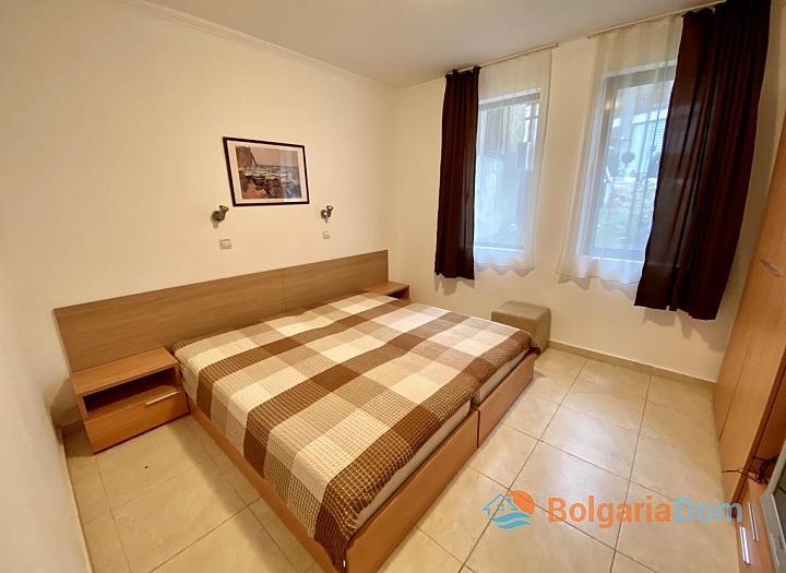 Квартира с одной спальней и английским двориком. Фото 4