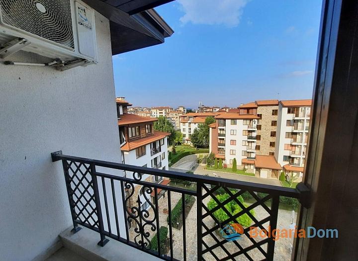 Двухкомнатная квартира с видом на море. Фото 7
