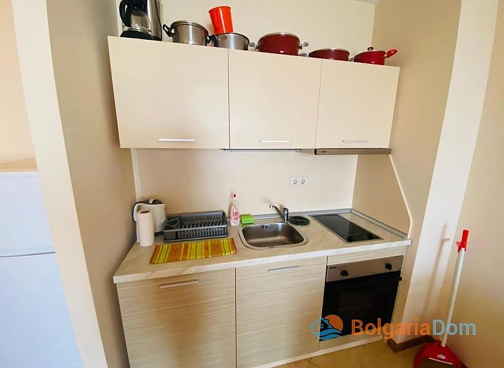 Отличная двухкомнатная квартира в комплексе Роял Сан. Фото 7