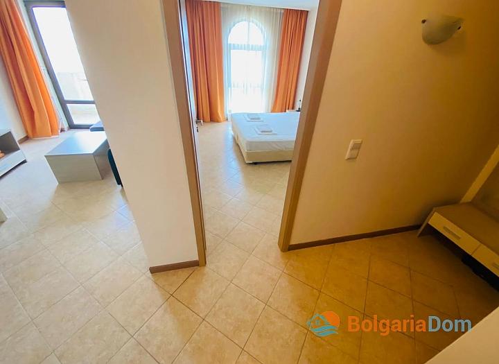 Отличная двухкомнатная квартира в комплексе Роял Сан. Фото 8