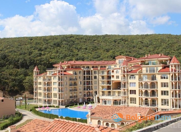 Красивая трехкомнатная квартира в отличном комплексе. Фото 35