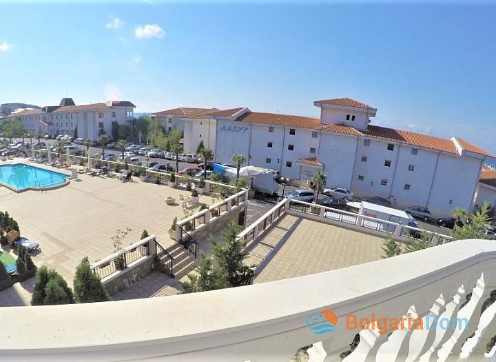 Трехкомнатная квартира с видом на море в центре Святого Власа. Фото 9