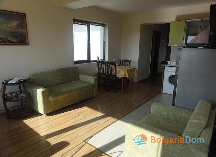 Квартира с хорошей мебелью и видом на море в Бяле. Фото 4