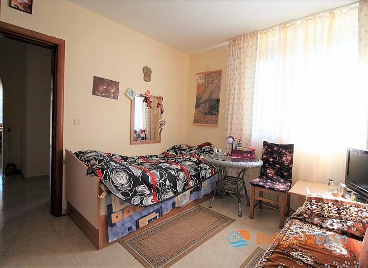 Апартамент с лужайкой в комплексе Лазурь, Святой Влас. Фото 6