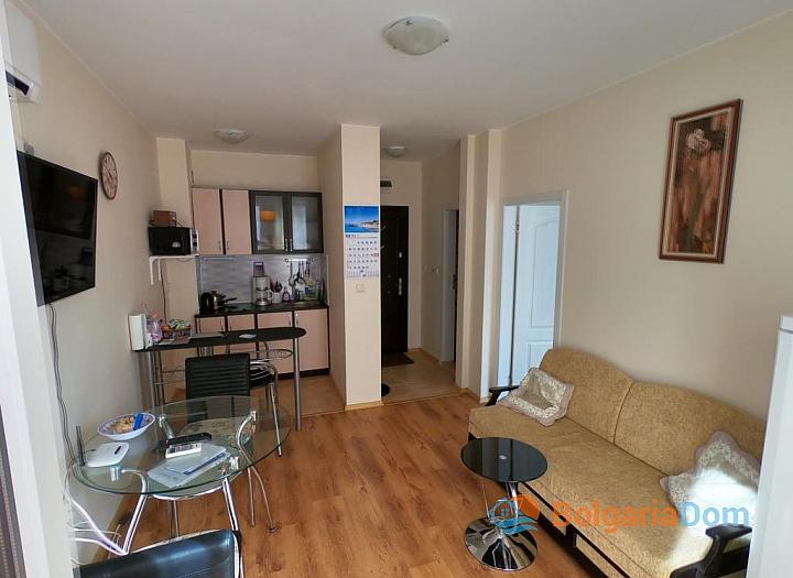 Купить двухкомнатную квартиру в Равде. Фото 2