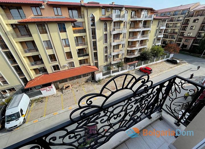 Двухкомнатная квартира в комплексе Мессембрия Палас. Фото 8