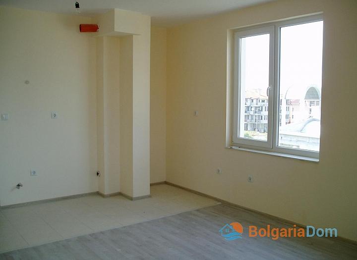 Дешевая двухкомнатная квартира в Несебре. Фото 4