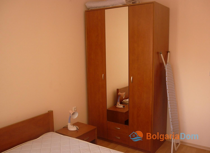 Квартира на первой линии в Елените по выгодной цене. Фото 5
