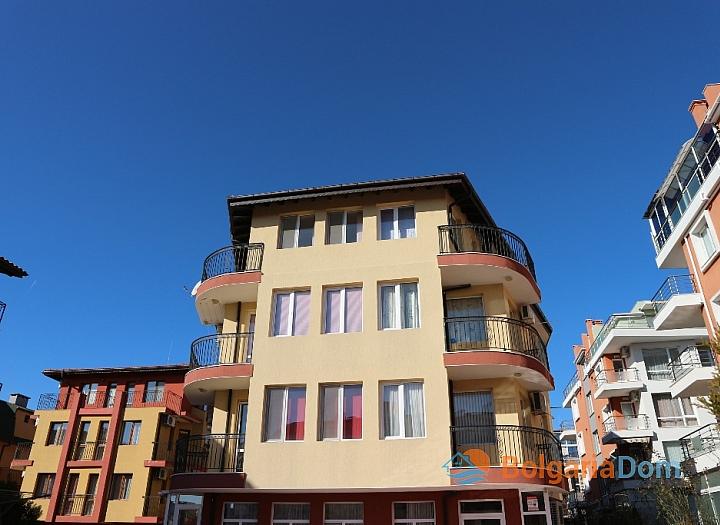 Двухкомнатная квартира в Несебре - недорого. Фото 1