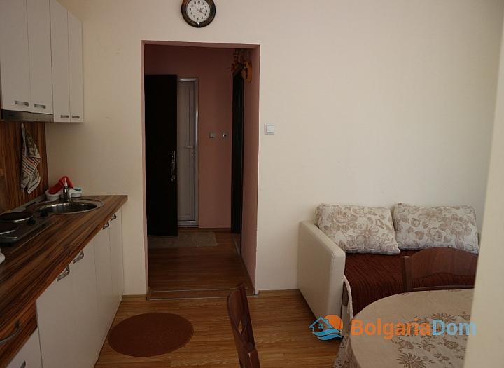 Двухкомнатная квартира в Несебре - недорого. Фото 10