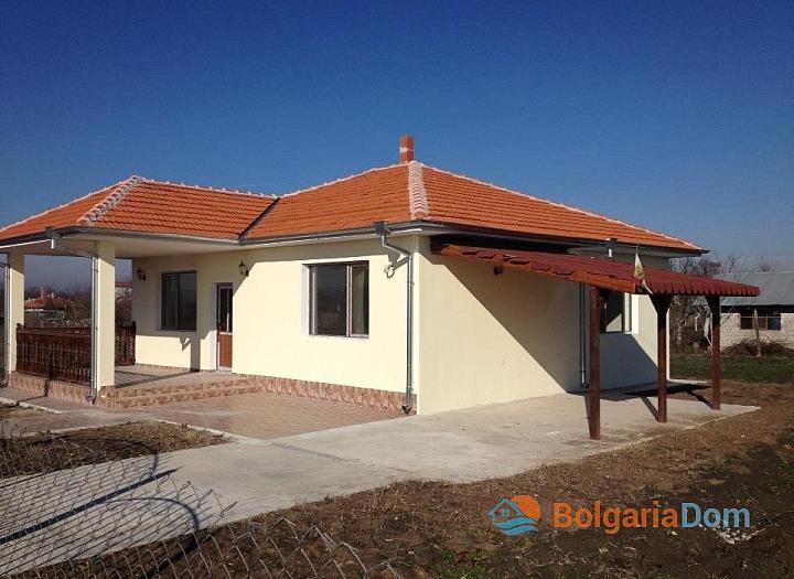 Дом с участком рядом с Бургасом. Фото 1