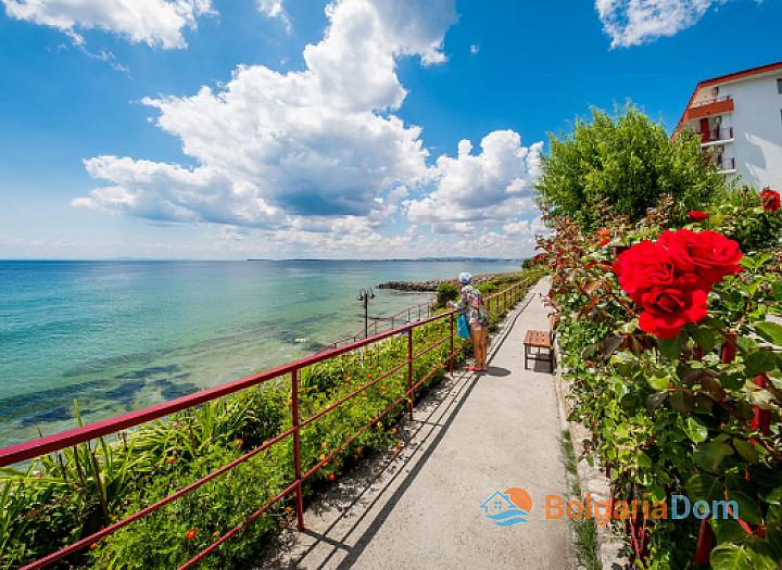 Двухкомнатная квартира с видом на море в Империал Форт Клуб. Фото 4