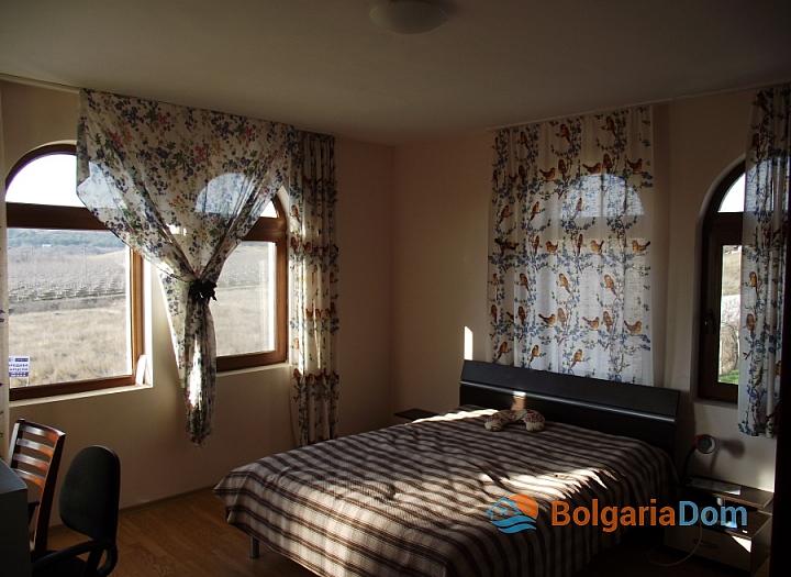 Отличный дом на продажу в пригороде Бургаса. Фото 6