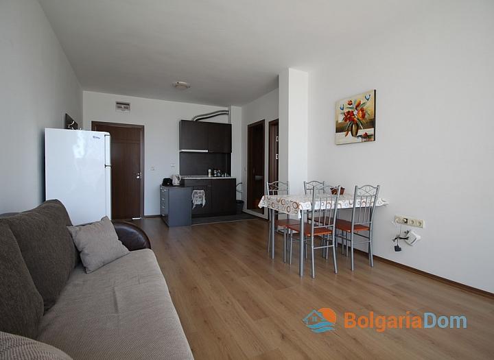 Недорогая двухкомнатная квартира в комплексе . Фото 6