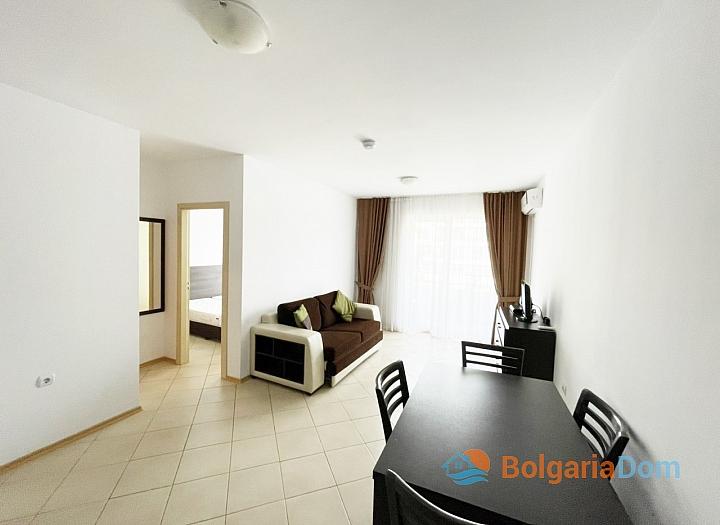 Хорошая двухкомнатная квартира в большом комплексе. Фото 3