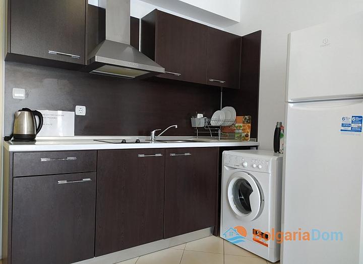 Двухкомнатная квартира в комплексе Гранд Камелия. Фото 3