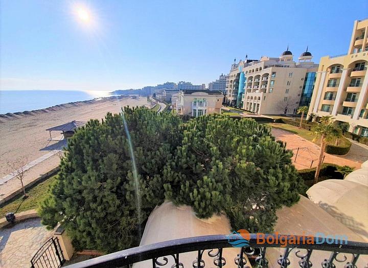 Трехкомнатная квартира с видом на море в комплексе на первой линии. Фото 19