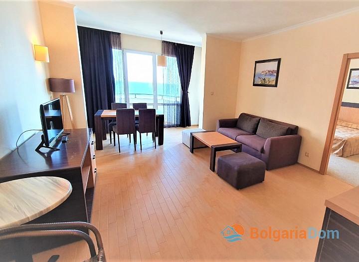 Квартира с фронтальным видом на море в роскошном комплексе. Фото 4