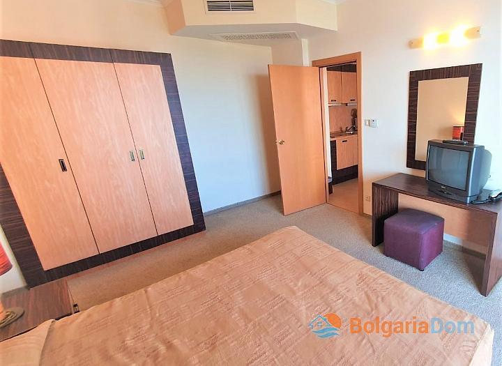 Квартира с фронтальным видом на море в роскошном комплексе. Фото 17