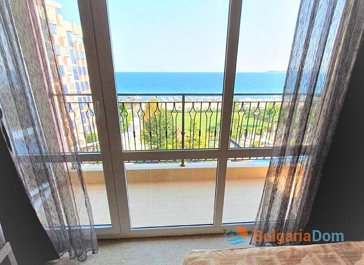 Квартира с фронтальным видом на море в роскошном комплексе. Фото 7