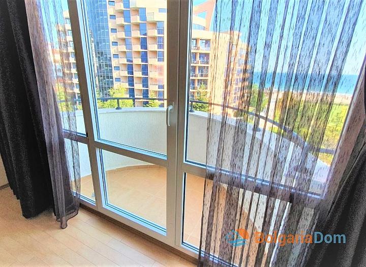 Квартира с фронтальным видом на море в роскошном комплексе. Фото 8