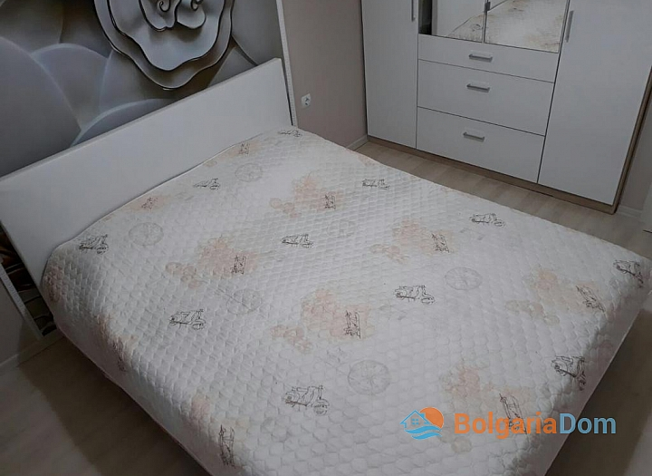 Современная двухкомнатная квартира на продажу в Бургасе. Фото 8