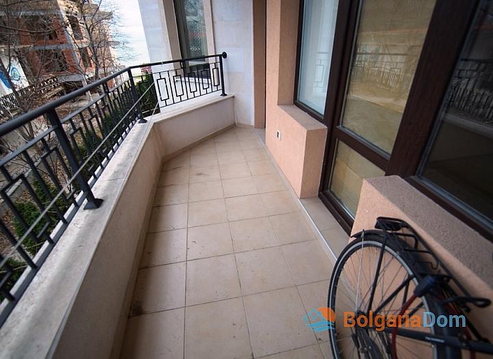 Двухкомнатная квартира на первой линии моря в Равде. Фото 7
