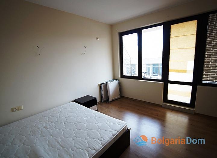 Двухкомнатная квартира на первой линии моря в Равде. Фото 3