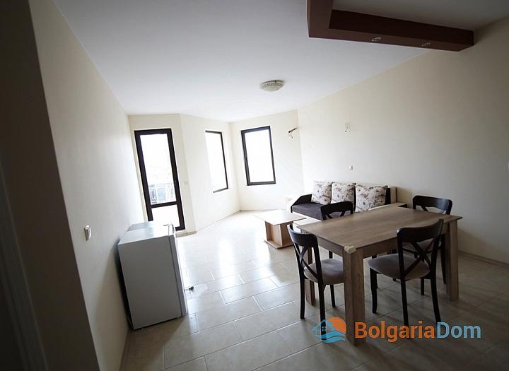 Двухкомнатная квартира на первой линии моря в Равде. Фото 2