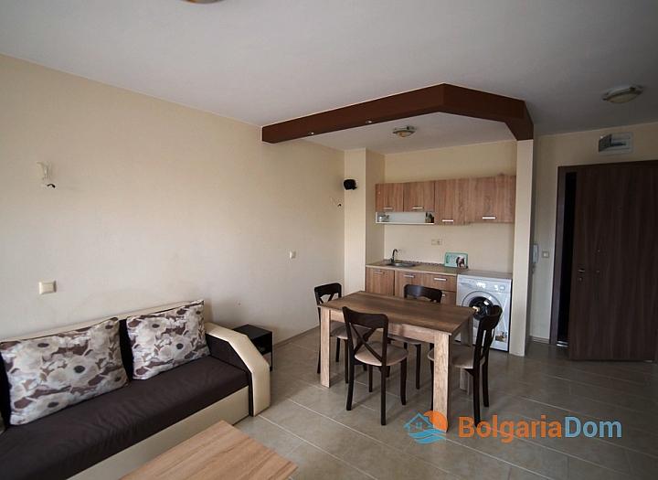 Двухкомнатная квартира на первой линии моря в Равде. Фото 9