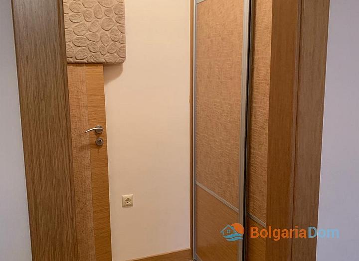 Двухкомнатная меблированная квартира в Поморие. Фото 6