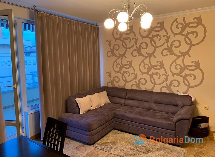 Двухкомнатная меблированная квартира в Поморие. Фото 3