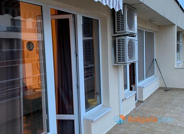 Двухкомнатная меблированная квартира в Поморие. Фото 8