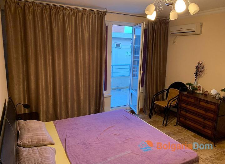 Двухкомнатная меблированная квартира в Поморие. Фото 4