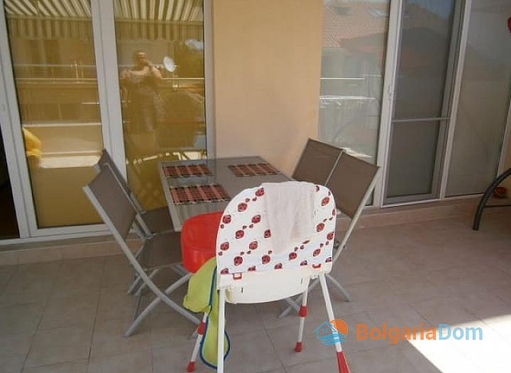 Трёхкомнатная квартира в Поморие с большой террасой. Фото 11