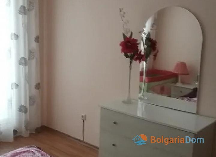 Трёхкомнатная квартира в Поморие с большой террасой. Фото 10