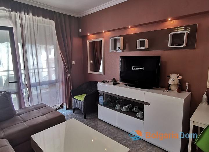 Стильный двухкомнатный апартамент в Святом Власе. Фото 4
