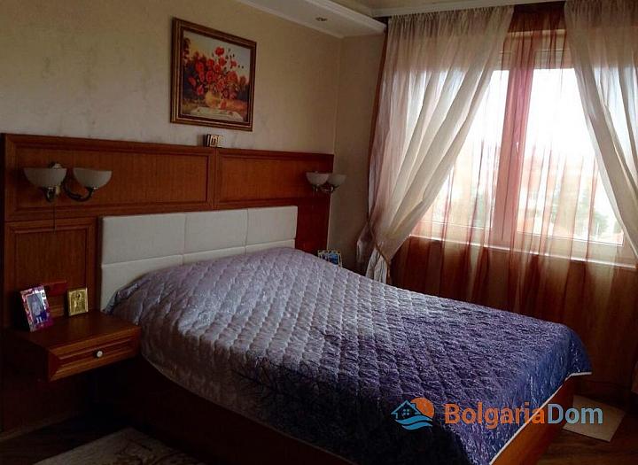 Просторный апартамент на продажу в Равде. Фото 4
