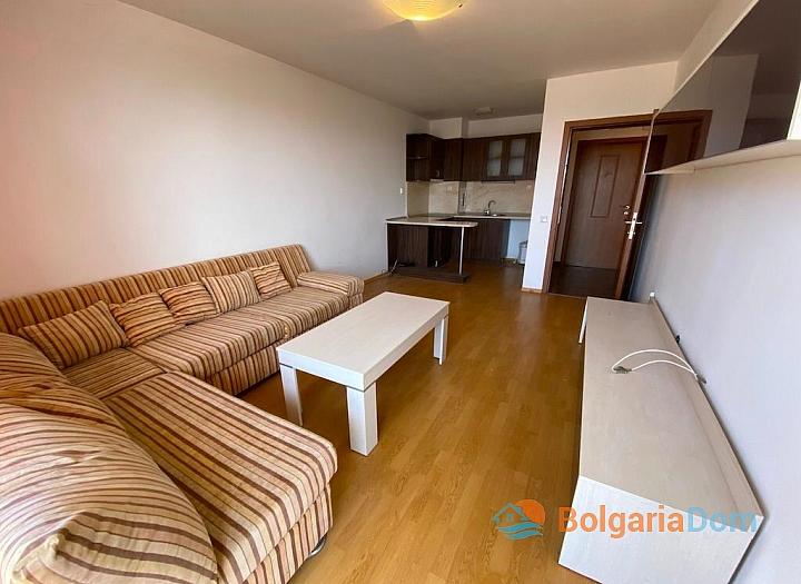 Недорогая двухкомнатная квартира в Несебре . Фото 1