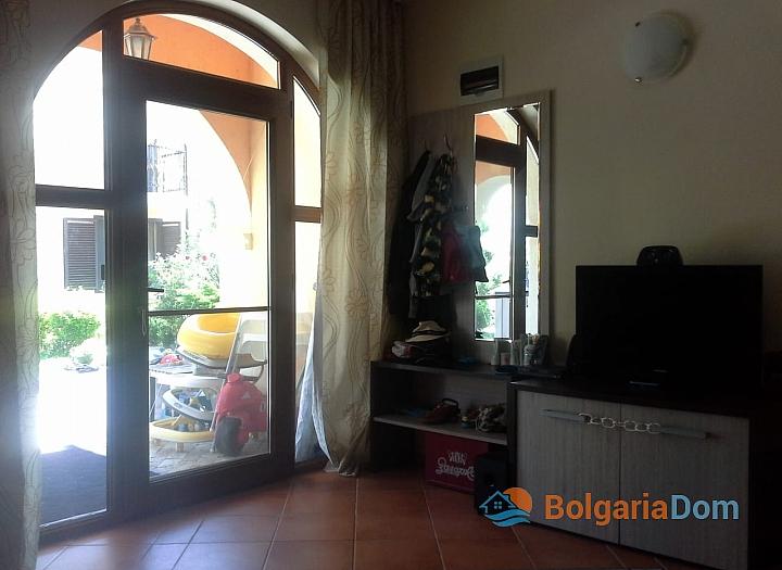 Отличная двухкомнатная квартира с английским двориком в комплексе Вилла Романа. Фото 22