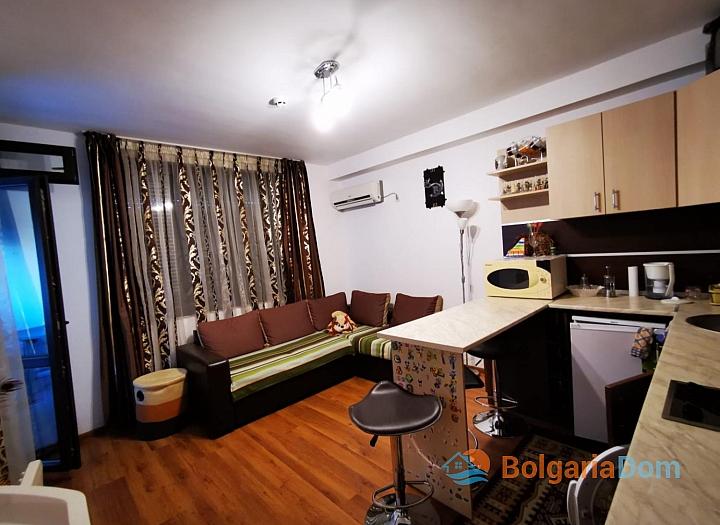 Двухкомнатная меблированная квартира в Святом Власе. Фото 2