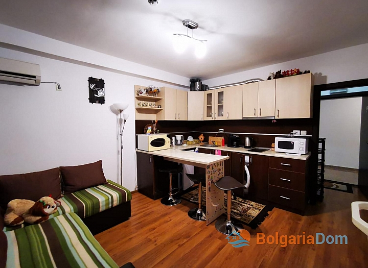 Двухкомнатная меблированная квартира в Святом Власе. Фото 12