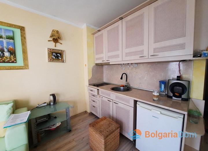 Красивая двухкомнатная квартира в комплексе Виктория Резиденс. Фото 2