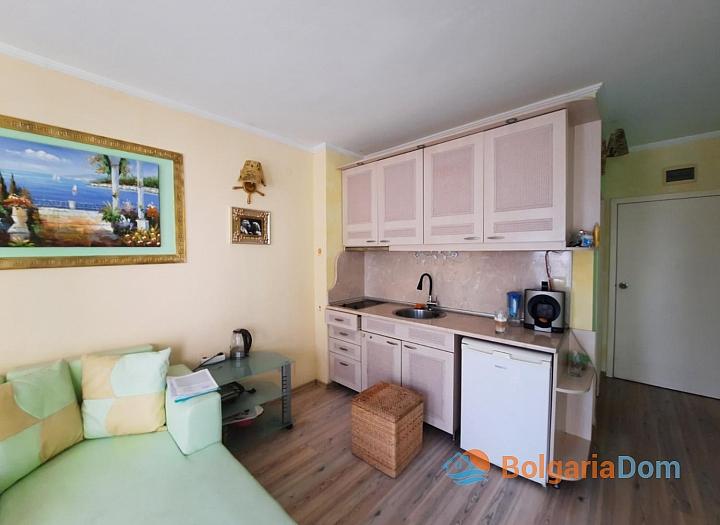 Красивая двухкомнатная квартира в комплексе Виктория Резиденс. Фото 9